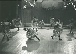 Ilse Bing Dancers Of The Moulin Rouge Paris 1931 / Silver Print / Signed