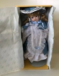 Seymour Mann, Connoisseur Doll Collection, Nanette, Music Box, Stand, Orig Box