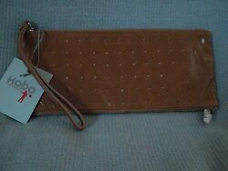 DESIGNER HOBO INTERNATIONAL NEW WITH TAGS CARMEL LEATHER 2 SIDED ZIPPER WRISTLET