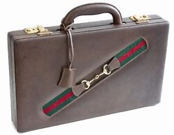 Rare Gucci Backgammon Game in Leather Case with Webbing Original Pieces 1970s