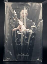 Hot Toys 1/6 Star Wars Star Wars Rogue One Chirrut Imwe Deluxe Version Mms403