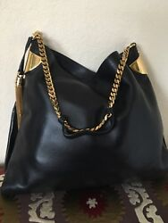 Gorgeous Authentic Gucci Ladys Handbag New With Tags. Retail 2650$