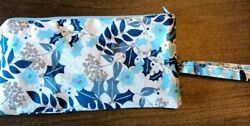 Winter Wristlet 6 Card Pockets Included $12.00