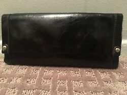 Hobo Intl  NWT  Gorgeous Black Leather Fable Wallet