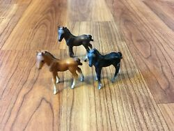 Breyer 5700 5701 5702 Thoroughbred Standing Foal Miniature Lot Of 3 Stablemates