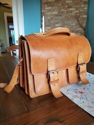 Vintage Extra Large Ruitertassen Leather Messenger BagBriefcase - Beautiful!