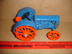 1/16 Fordson Blue Toy Tractor Vintage