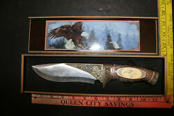 Maxam American Eagle Collectors Knife and Wood Display case