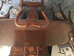 Queen Anne Dining Room Table, 6 Chairs And China Cabinet