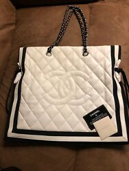 Chanel White Leather Tote Bag                   AUTHENTIC 100%%%