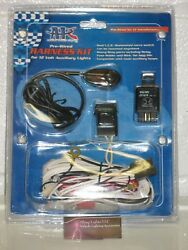 Automotive Auxiliary Driving Lights Fog Lamps Full Wiring Harness with Relay F..