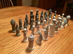 Lladro Chess Set. Perfect Condition. 32 Pieces. Retired. 01004833 Reg. 2300