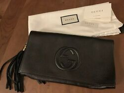 Gucci Black Soho Patent Leather Clutch with Tassle (Gold Hardware)