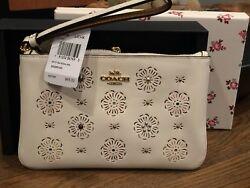 Weekend Sale Nwt Coach Cut Out Small Wristlet-chalk- In Coach Box Msrp 95