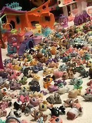 Littlest Pet Shop HASBRO lot over 250 PETS & Over 300 Access. & 5 Large Playsets