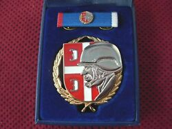 Serbian Army - Exemplary Officer Nco And Profesional Soldier Awward In Case -rr