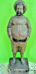 Vintage Ouro Artesania Carved Wooden Figure Portly Gentleman Spain 703/2