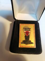 Rare Chicago Bulls 1991 World Championship Pin With All Players Names
