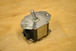 Aircraft Instrument Panel Strobe Light Toggle Switch An3226-3