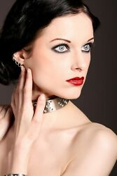 Captivating Jewelry Swarovski Heavens Hell Stainless Collar Cuff Set Locking