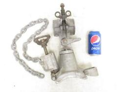 Hubbell A.b. Chance Pole Type Saddle And Tightener 2-1/2 Clamp