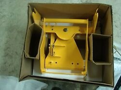 REDUCED New Cub Cadet Series 3000 Front Blade Hitch Kit NIB Model 190-414-100