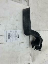 Freightliner Fuel Pedal Assembly A01-33819-000 Removed From A 2016 Cascadia