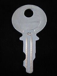 Ignition Switch Key 40 From Briggs And Stratton Series 31-54, 1920's Vintage