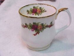 Royal Albert Holiday Ribbons Tea/coffee Cup/mug Excellent Condition England