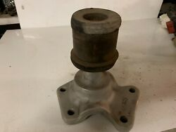 Ford L8000 L9000 Louisville Rear Engine Mount With Rubber Bushing D0ha-5086-j
