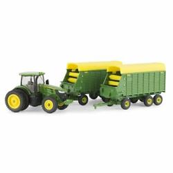 New John Deere 7290r Tractor With 2 Forage Wagons, 1/64, Ages 3+ Lp70546