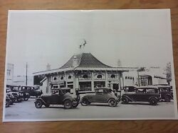 12 By 18 Black And White Picture Pig Stand Drive In South Dallas Texas 1920and039s