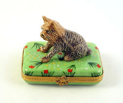 NEW FRENCH LIMOGES TRINKET BOX YORKSHIRE TERRIER YORKIE DOG PUPPY ON GREEN GRASS