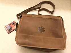 "Canyon Outback Leather 16"" Messenger Laptop Bag"