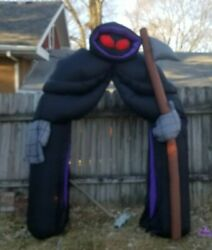Gemmy Airblown Inflatable Grim Reaper Tunnel Archway Halloween Blow Light Up