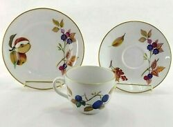 Royal Worcester Evesham Gold Tea Trios Cup Saucer And Bread Plate England Lot B