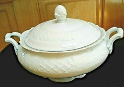 Rare Vintage Schumann Arzberg Bavaria Germany White Colonial Covered Dish