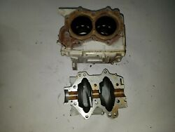 Johnson Evinrude 5-6 Hp 1966-1970 Cylinder And Crankcase 381362