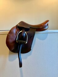 Rare Hermes Essentielle 16.5 Close Contact Jumping Saddle With Calf Blocks