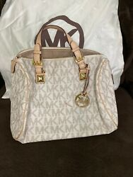 michael kors bucket handbag $100.00
