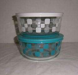2 Pyrex 7201 4-cup Aqua And White Squares And Dots Glass Storage Bowls W/ Lids