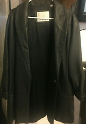 Womens London Fog Leather Jacket Size Med Great Cond.