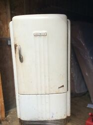Vintage Antique General Electric Refrigerator. Imperial Bh6-40-a 1930s Marvelous