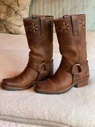 Women's Frye harness boots with cutout design sz. 6.5.  Rare nice Condition.