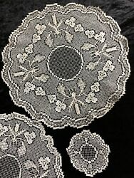 16 Piece Vintage Matching Hand Made Ecru Lace Coasters And Doilies