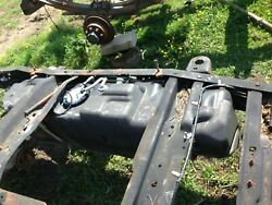 2009 F250 Diesel Front Midship Plastic Fuel Tank 38 Gallon 8and039 Bed Option