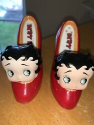 Betty Boop Shoes Salt And Pepper Shakers 3 X 3 1/2