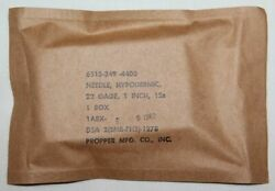 Unissued Vietnam Medical 22 Gage 1 Hypodermic Needles, New In 1962 Package