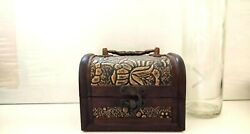 Vintage Jewelry Box Wood Collectibles Engraved Lock Brown Gold Table Decoration
