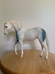 BREYER #869 LAKOTA PONY WAR PARTY LEADER FOUNDATION STALLION MOLD